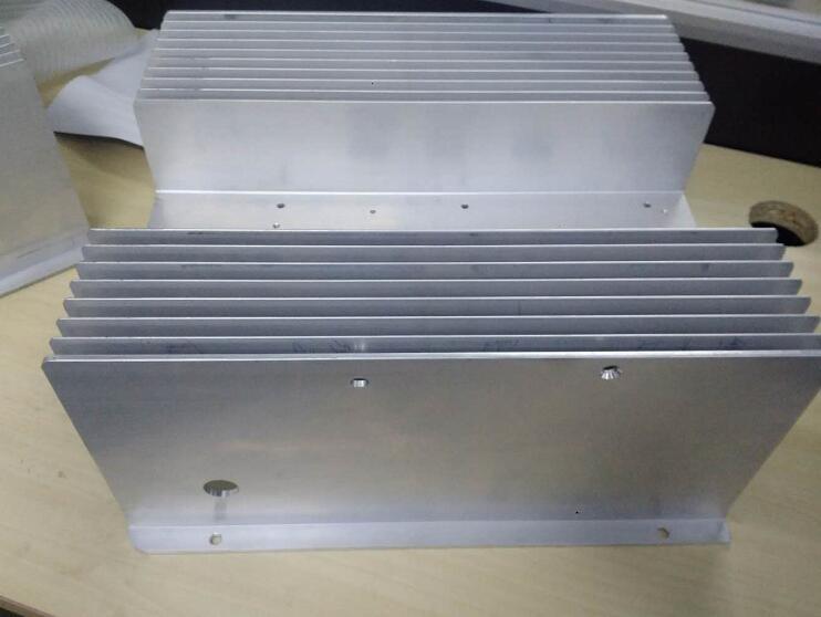 【苏州】铝合金散热器切割机精度高,客户陆续订购2台