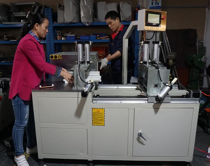 PVC塑料型材切割机使用邓氏切铝机效果非常理想